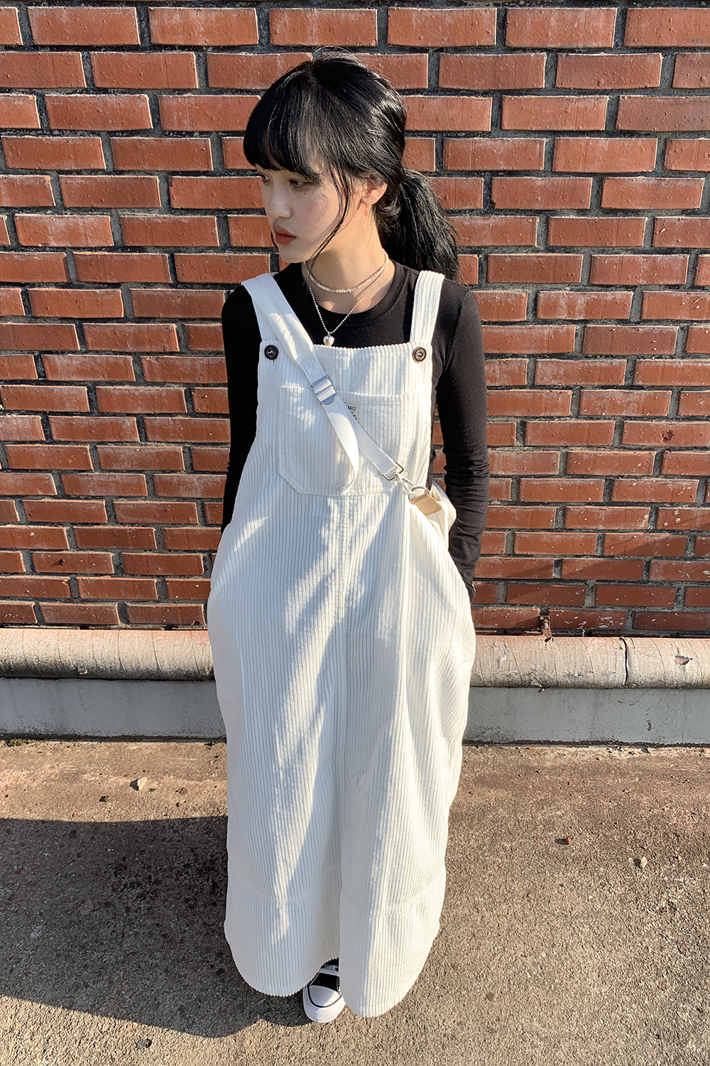 corduroy overall dress (white)